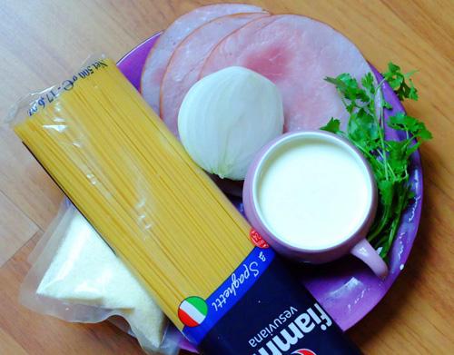 Đổi bữa cho cả nhà với mì Ý sốt kem tươi