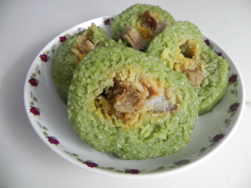 Thưởng thức đặc sản bánh tét Trà Cuôn ở vùng đất Trà Vinh