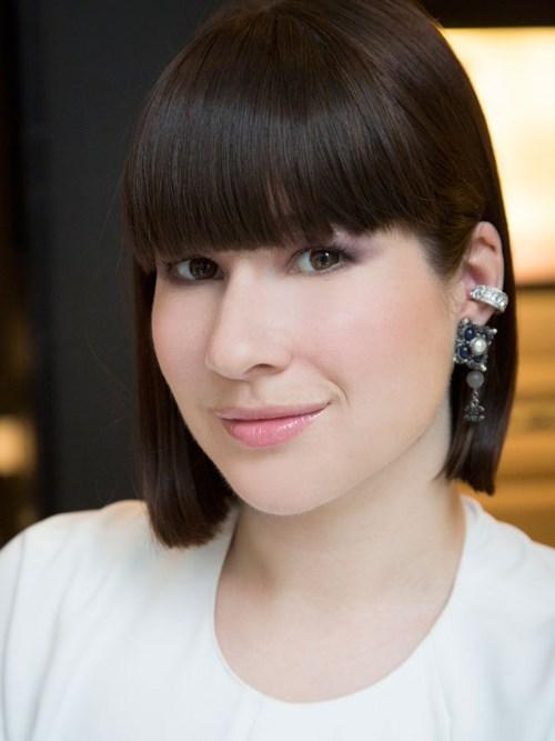 Chuyên gia trang điểm Chanel chia sẻ bí quyết trông trẻ ra 10 tuổi