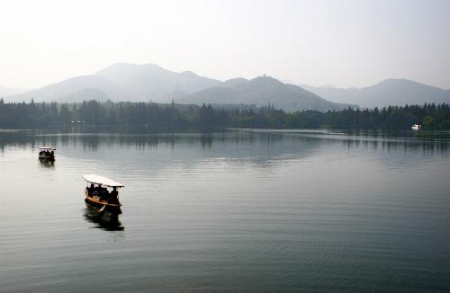Chuyện tình Hứa Tiên - Bạch Xà nổi tiếng Hàng Châu