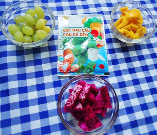 Bánh Trung thu rau câu nhân hoa quả đẹp mắt