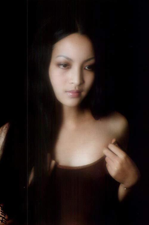 Đường tình lận đận của 2 kiều nữ cùng tên Linh Nga
