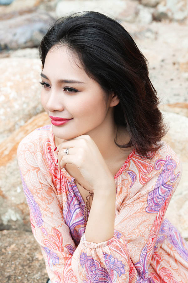 """Hoa hậu Hương Giang: """"Mặc táo bạo nhưng không phản cảm"""""""