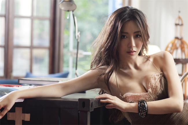 6 việc bạn gái cần ghi nhớ để bộ ngực luôn đẹp hấp dẫn, tươi trẻ