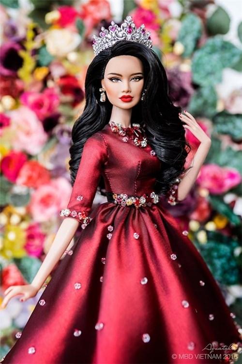 Ngắm những cô búp bê xinh hơn cả hoa hậu ở đời thường