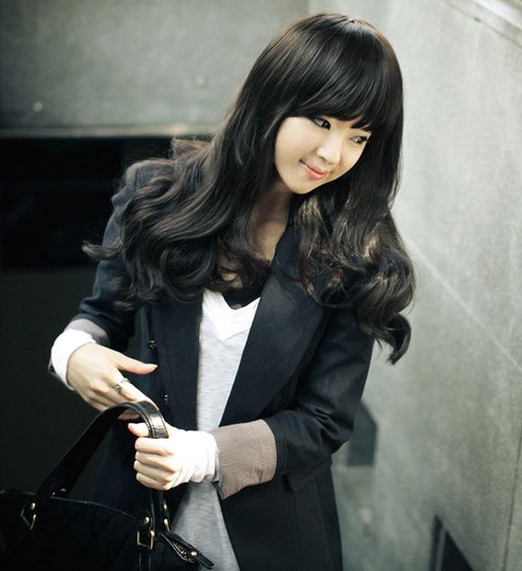 Tóc xoăn dài phong cách Hàn Quốc sành điệu