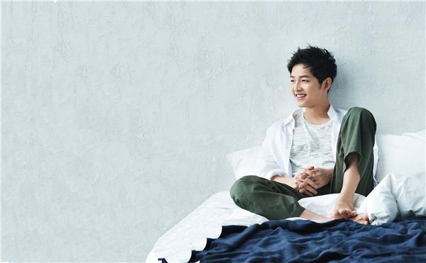 Vẻ đẹp 'không góc chết' của nam thần Song Joong Ki