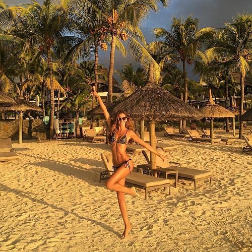 Thiên thần nội y với khoảnh khắc sang chảnh trên đảo Mauritius
