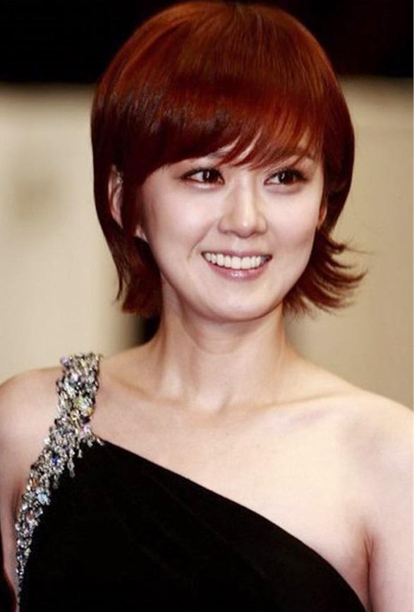 10 kiểu tóc mái chéo cực dễ thương cho cô nàng