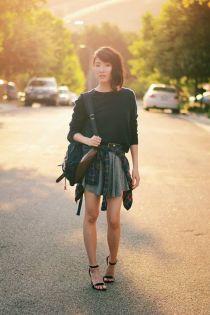 Gặp cô gái trẻ thích tái chế quần áo cũ của bố mẹ
