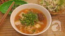 Khám phá 2 quán bánh canh ghẹ ở Hà Nội