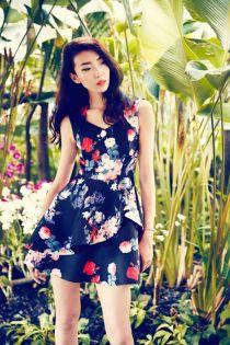 Tuyệt chiêu chọn váy áo du xuân cho phái đẹp phương nam