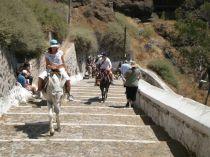 Bình yên lắng nghe thần thoại Hy Lạp trên hòn đảo Santorini