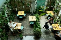 Những quán uống đậm chất thơ trong lòng Hà Nội