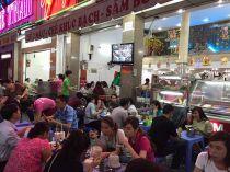 Hàng chè Thái bán cả nghìn ly mỗi tối ở Sài Gòn