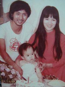Bà xã hot girl của ca sĩ Lý Hải đã xinh từ bé ?