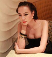 Dương Yến Ngọc: 'Phẫu thuật thẩm mỹ dễ bị nghiện lắm'