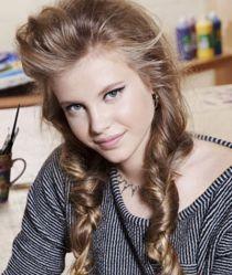 12 mẫu tóc dễ thương sành điệu cho bạn gái tuổi teen