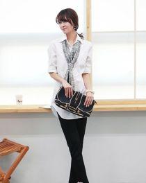Áo sơ mi nữ rộng sành điệu với phong cách Hàn Quốc