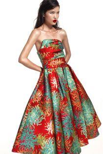 Hè về trên váy hoa cúc rực rỡ của Đỗ Mạnh Cường