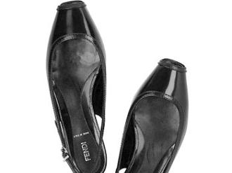Ngắm 7 mẫu giày hút khách nhất thế giới