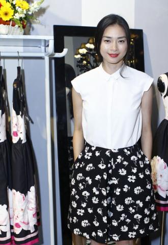 Ngô Thanh Vân, Xuân Lan diện váy hè giản dị