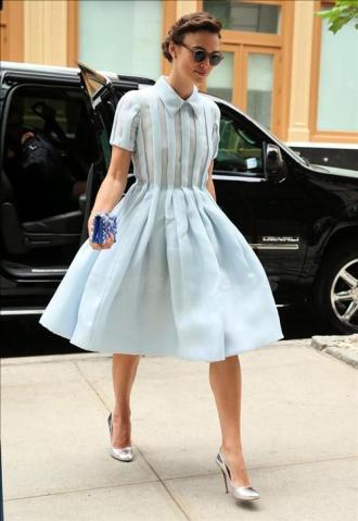 Những chiếc váy đẹp nhất mùa hè của mỹ nhân Hollywood