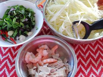 Cách làm gỏi đu đủ tôm thịt đơn giản mà ngon