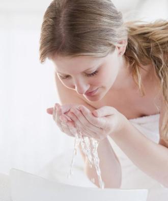 7 nguyên tắc vàng khi dưỡng da cho phụ nữ tuổi 30