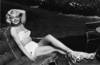 Bí quyết làm đẹp của 7 biểu tượng Hollywood một thời