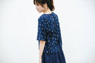 """Kì lạ thiếu nữ Việt ngày càng chuộng mặc áo """"bà bầu"""""""