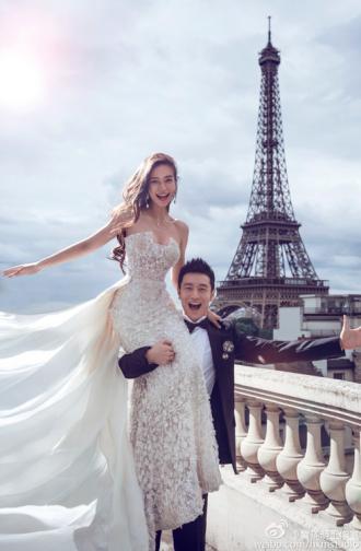 Nhìn lại loạt váy cưới, nhẫn cưới trăm tỷ đồng của Angela Baby