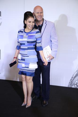 Váy hàng hiệu 100 triệu của Thu Minh