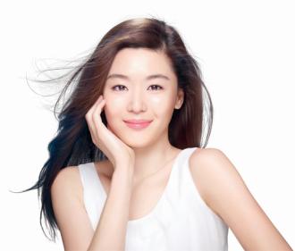 'Bí kíp' hấp dẫn của mỹ nhân châu Á đẹp nhất thế giới