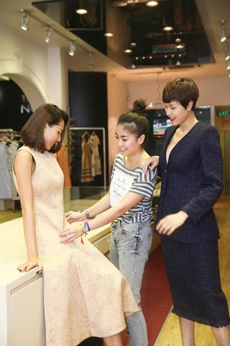 Theo chân Minh Triệu, Phương Mai đi thử đồ