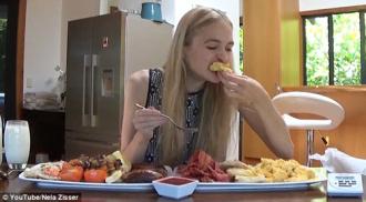 Hoa hậu New Zealand ăn hàng cân bánh, bơ vẫn thon gọn