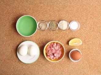 Thịt bọc trứng chiên xù hấp dẫn giành riêng cho bé