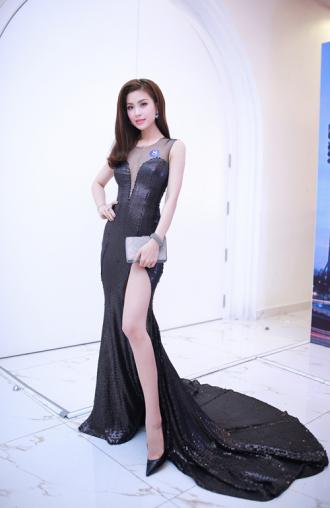 Ngắm Diễm Trang sau 1 năm tìm kiếm phong cách mặc đẹp