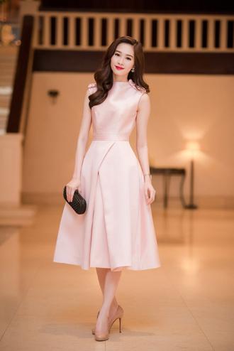 Hoa hậu Đặng Thu Thảo khiến người xem 'ngẩn ngơ' vì quá đẹp