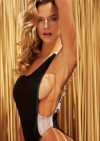 Tiết lộ hậu trường chụp ảnh áo tắm 'gây sốc' của người mẫu Mỹ