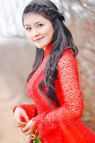 Những kiểu tóc tết giúp nàng duyên dáng khi diện áo dài