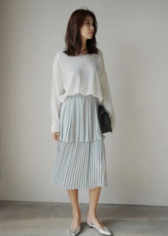 4 mẫu váy 'lạ mắt' cho nàng công sở