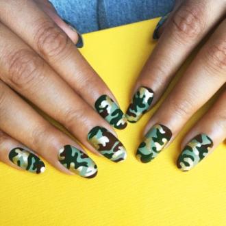 5 mẫu nail bạn nên thử trong hè này